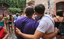 Nuovi metodi per riconoscere gli omosessuali: omofobia moderna?