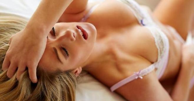 """La nuova preoccupazione e ossessione di un uomo a letto: lo """"squirting""""… ovvero?"""