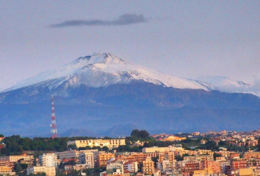 L'Etna sta scivolando verso il mare: l'opinione dei ricercatori dell'INGV di Catania