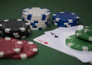 Quanti tipi di poker esistono? Ecco le differenze tra le varianti più diffuse