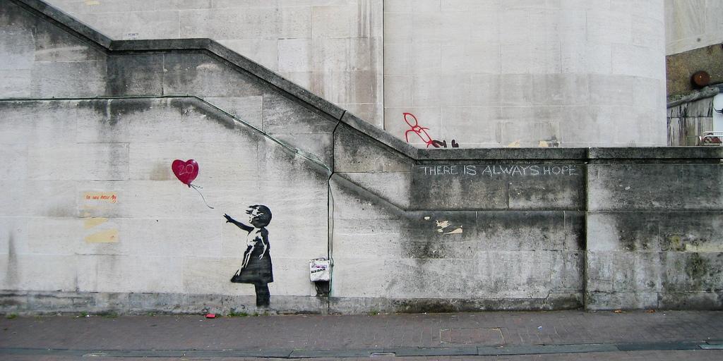 Banksy: a Milano la mostra che racconta la sua protesta visiva