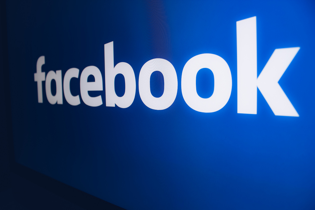 Padre mette all'asta sua figlia su Facebook: il post scandalo viene dal Sudan