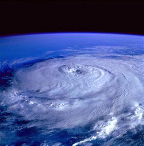hurricane-92968_640