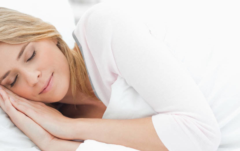 Non dormire ci costa miliardi. Uno studio spiega le conseguenze economiche della stanchezza