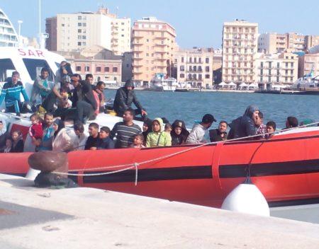 Immigrazione clandestina: 7 tunisini arrestati dalla Polizia di Stato