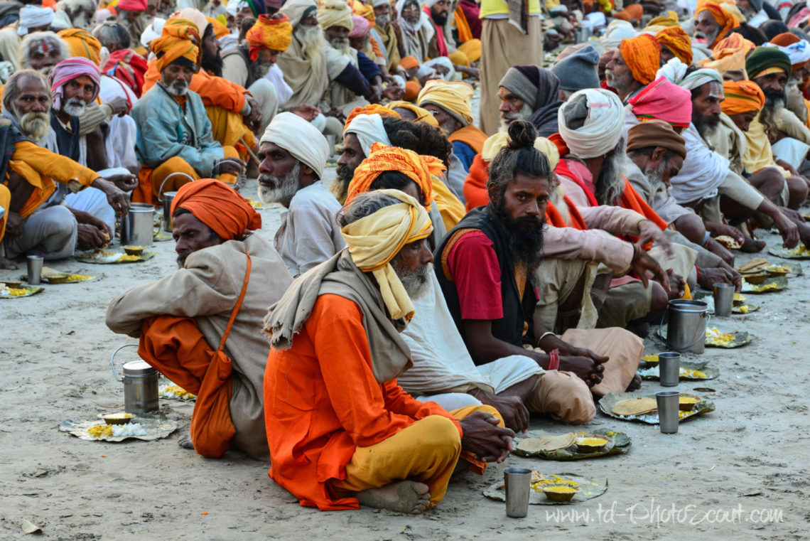 È iniziato il Kumbh Mela, il più grande raduno religioso del mondo