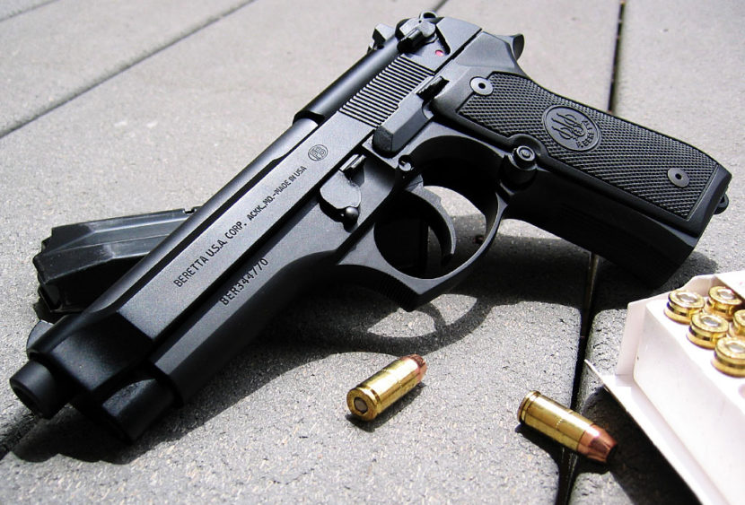 Lugano: bimbo in classe alle elementari con la pistola vera per mostrarla ai compagni