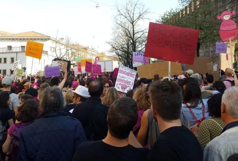 Verona: tra il congresso delle famiglie e il contro corteo