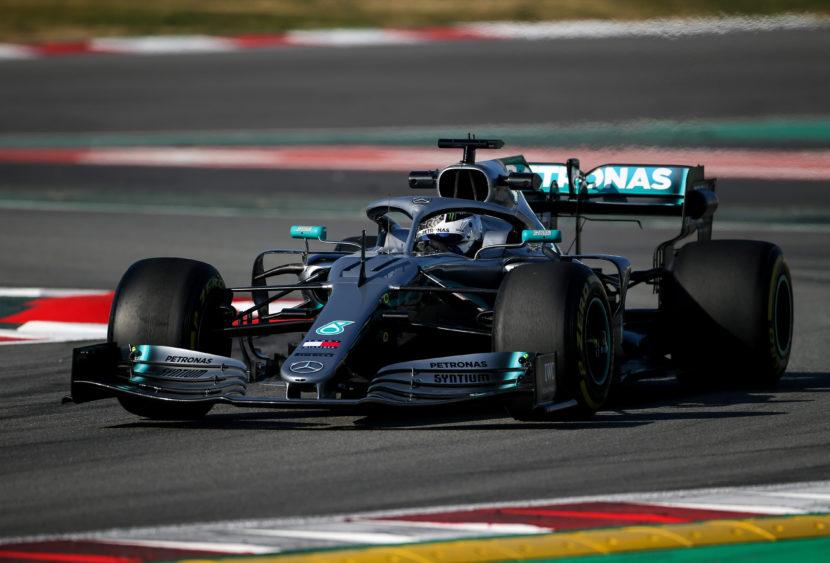F1: Bottas domina in Australia, delusione Ferrari e Hamilton