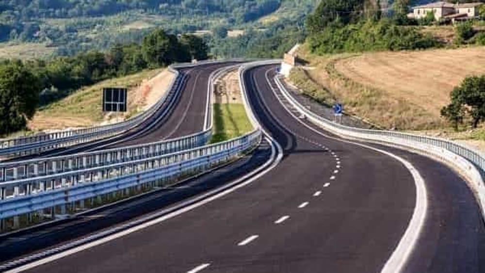 Guard rail pericolosi, Cassazione: ente proprietario strada risarcisca i danni causati dalla mancata manutenzione
