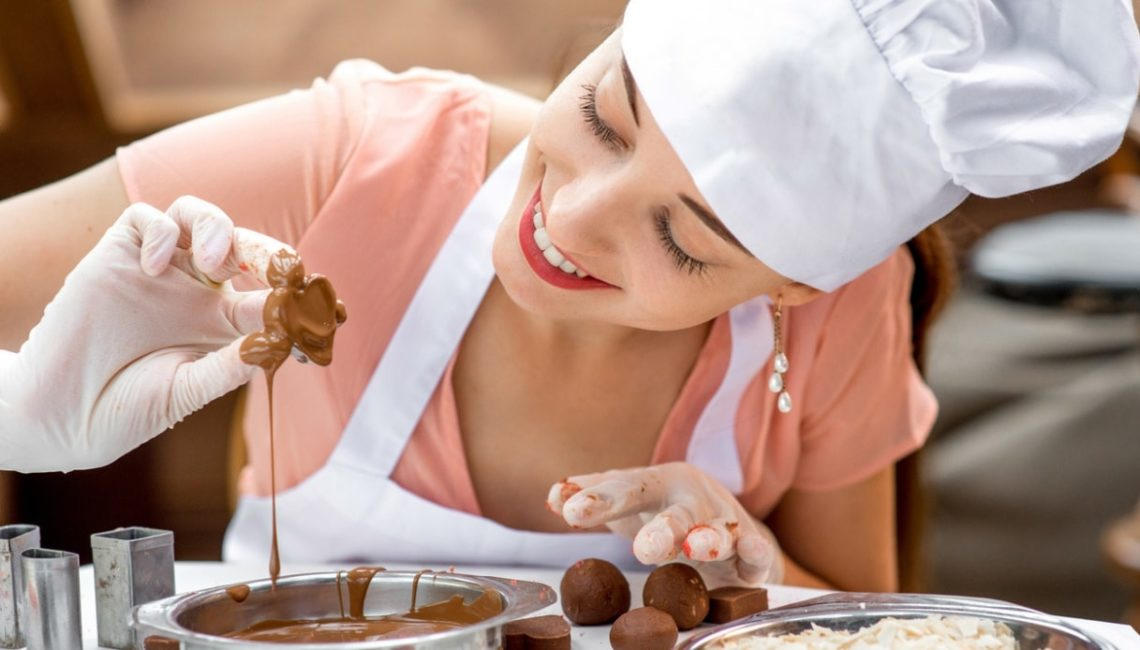Cucinare i dolci aiuta a stare meglio: ottimo antidoto contro il nervosismo