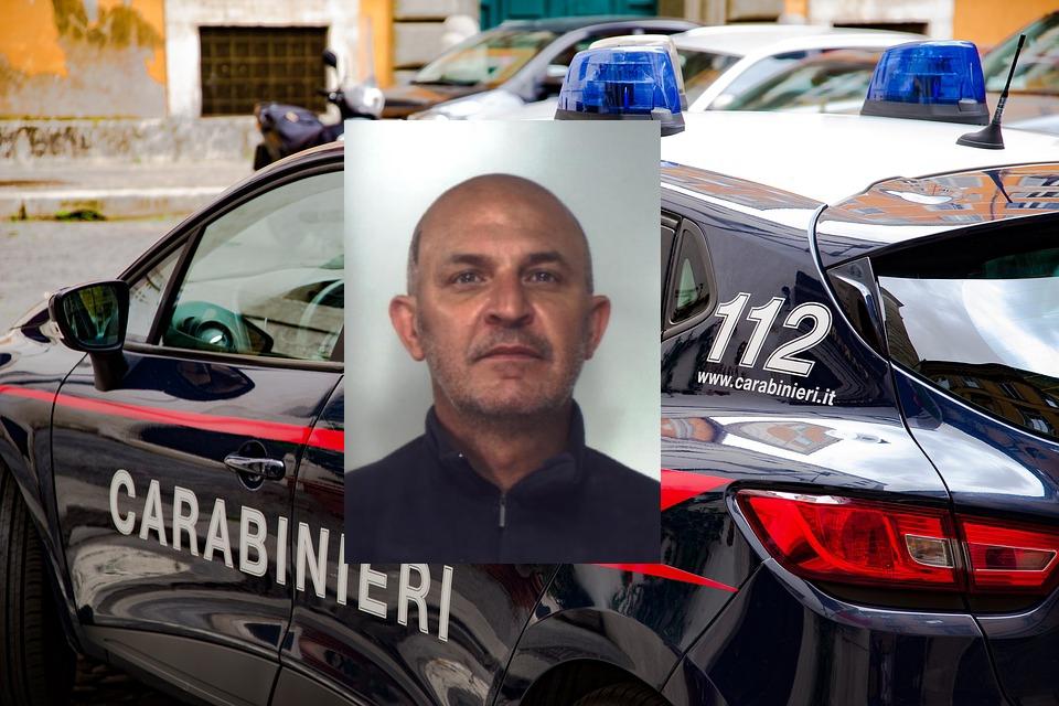 Nascondeva in casa pistola e munizioni: arrestato