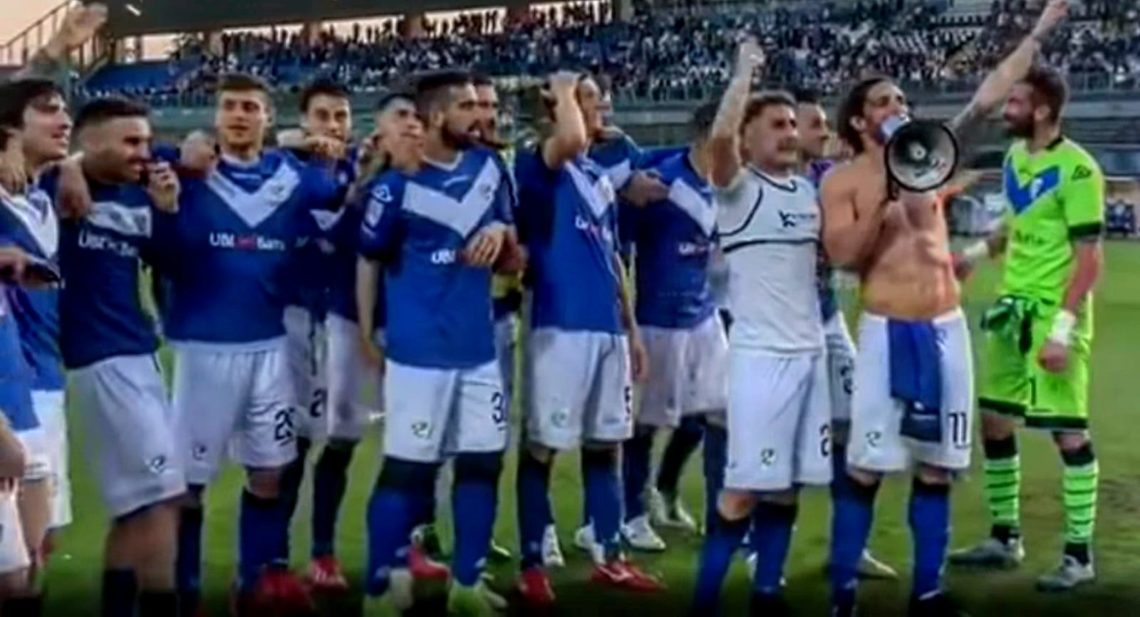 Il Brescia torna in Serie A: il racconto della cavalcata delle Rondinelle