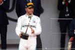 Hamilton vince la gara pazza di Monaco nel ricordo di Niki Lauda