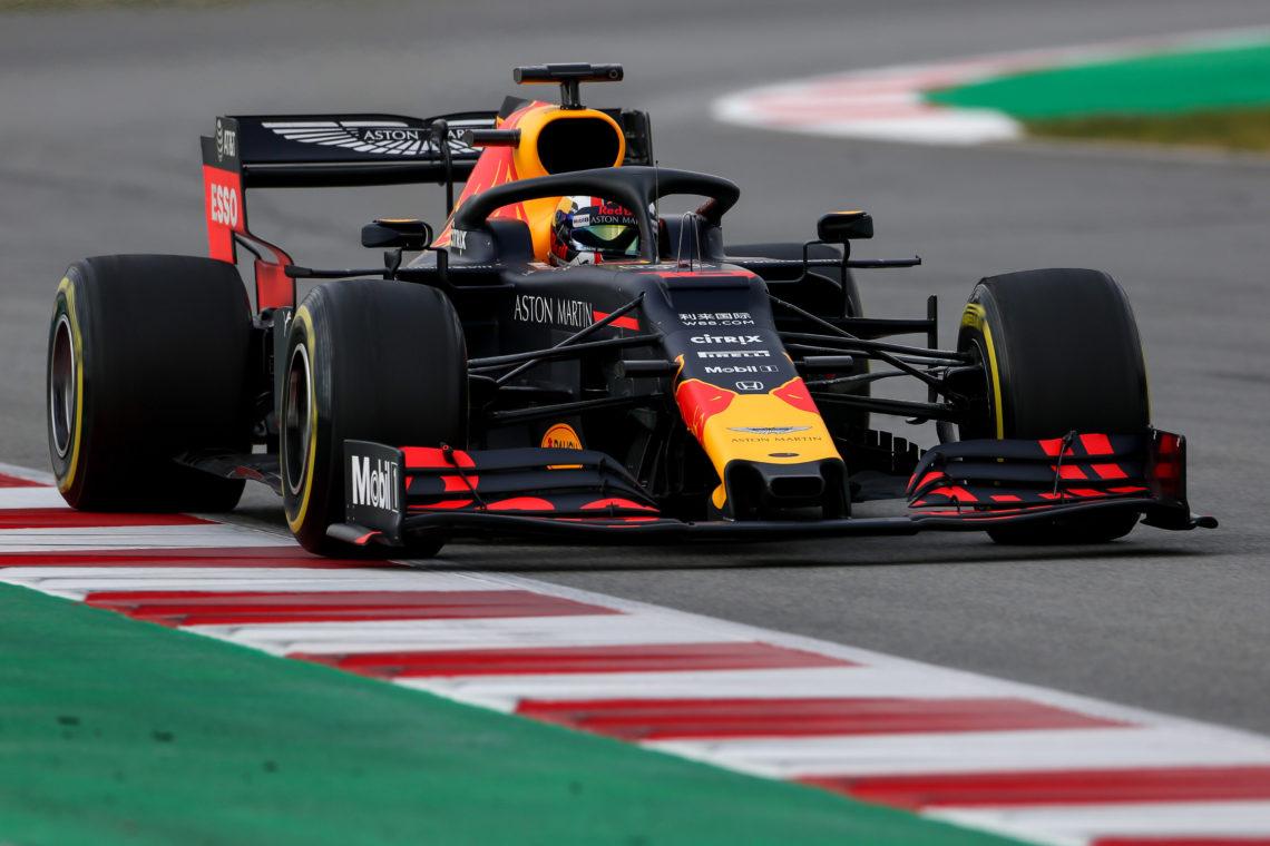 Verstappen vince in Austria, Leclerc rimanda la prima vittoria in carriera
