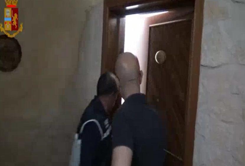 """I debiti non pagati dalla mafia e gli ostaggi per la droga: estorsioni e """"regali"""""""