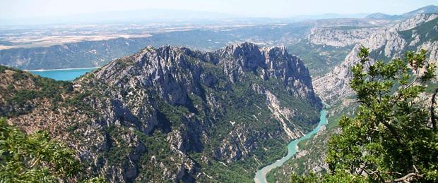 Canyon italiano: la suggestiva Gola del Furlo nelle Marche