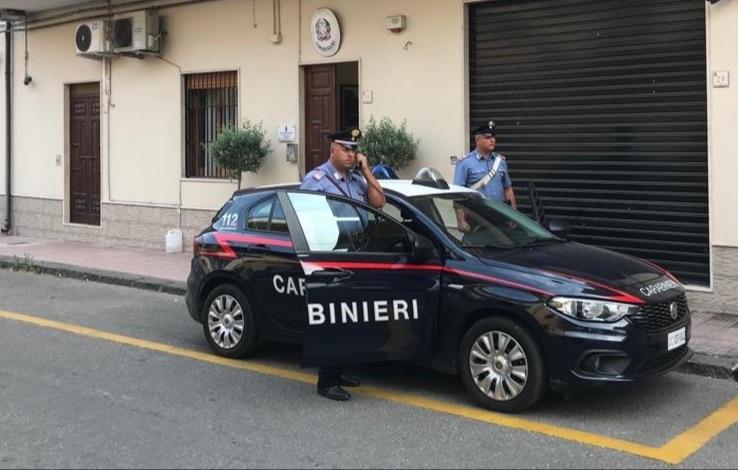 Condannato a 6 anni per maltrattamenti in famiglia e violenza sessuale: 65enne arrestato dai Carabinieri