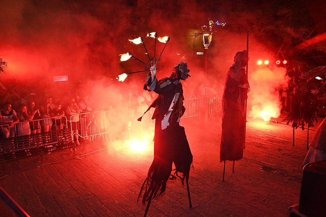 Mad Fest: uno speciale viaggio nel medio evo tra trampolieri, artisti di strada e musica