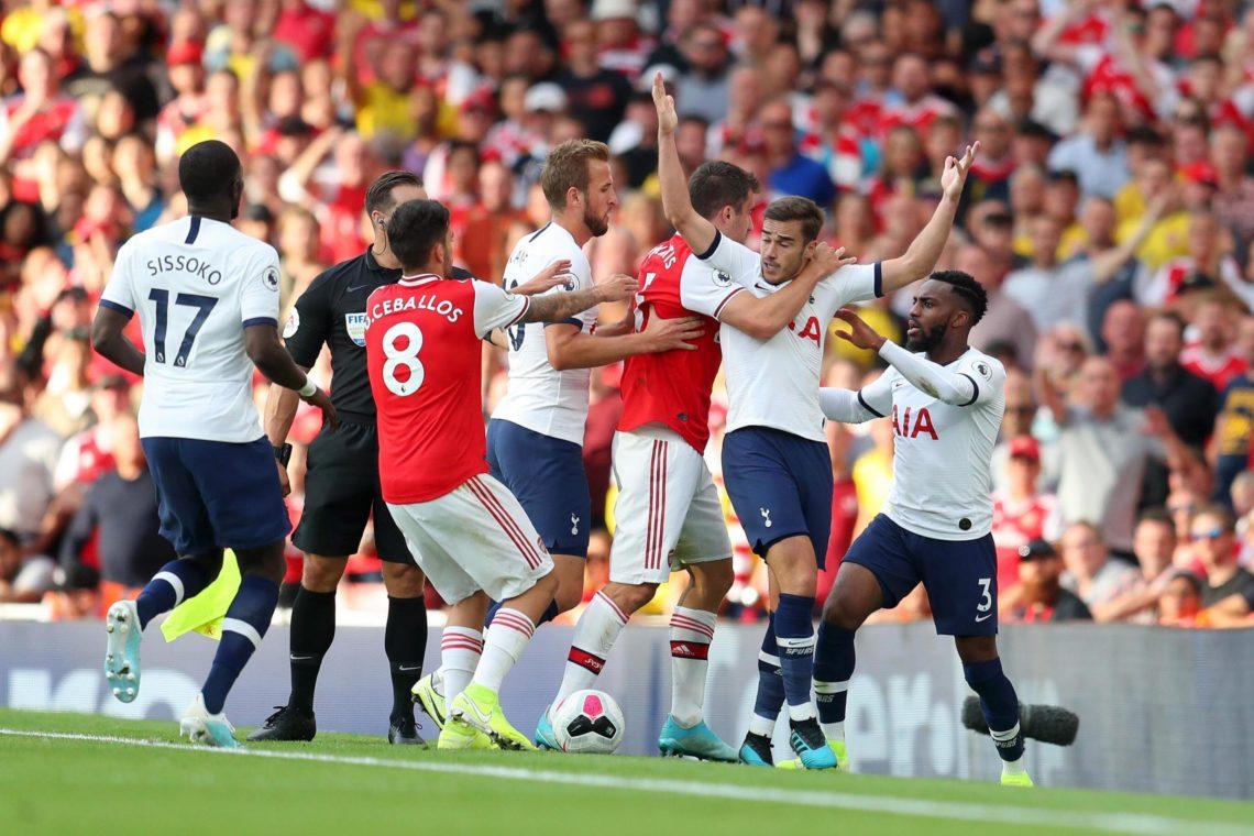 Premier League: l'Arsenal acciuffa il Tottenham, beffe per Chelsea e United