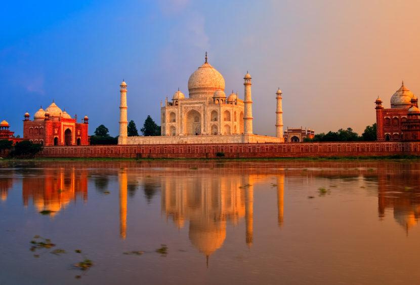 Il Taj Mahal apre di notte! Un sogno che diventa realtà