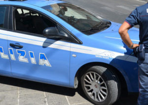 Lecce, ladro si intrufola all'università e nasconde la refurtiva negli slip