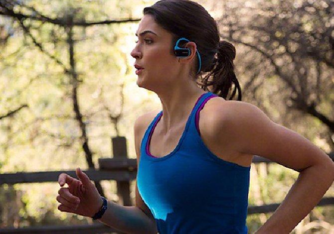 Ascoltare musica, durante l'allenamento, ti dà una marcia in più!