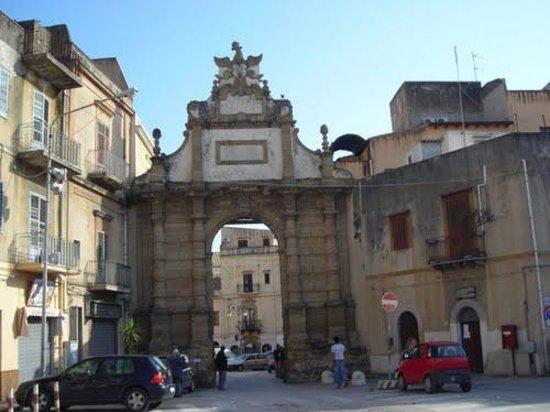 Un tuffo nel passato: Porta Palermo di Sciacca (AG)