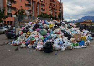 Preoccupazione per Catania: problematiche nella gestione dei rifiuti