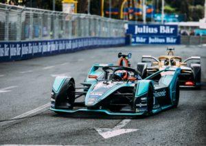Formula E: In Messico Evans vince e si prende la vetta del campionato