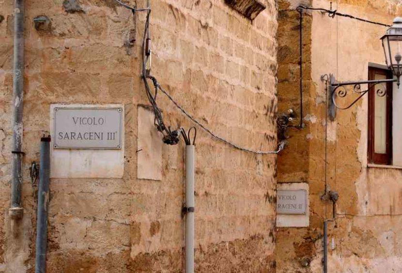Viaggio nel quartiere saraceno di Sambuca di Sicilia e i suoi 7 vicoli