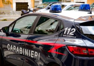 Paternò (CT): arrestato impiegato che spacciava nel centro cittadino