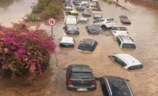 """Palermo """"naufraga"""": nella crisi c'è tempo anche per lo scontro politico"""