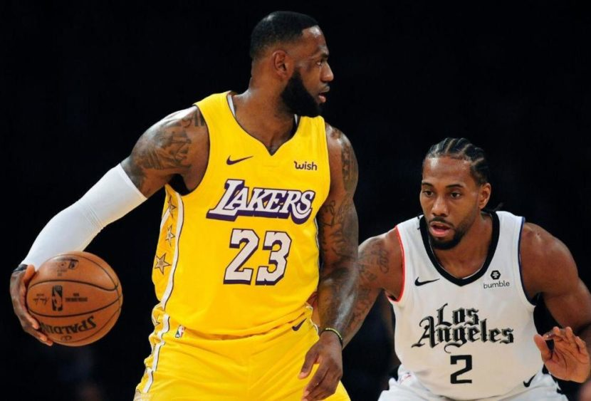 NBA: ai Lakers il derby coi Clippers, LeBron sottotono ma decisivo