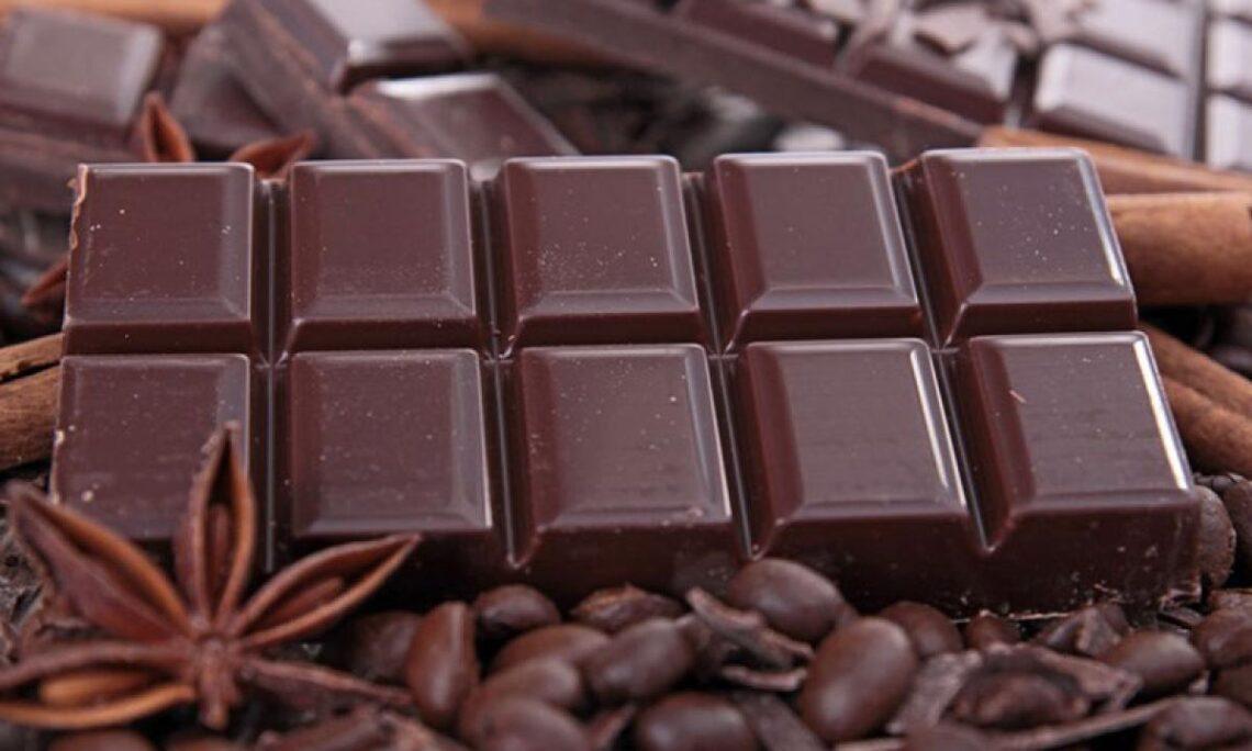 Dimagrire mangiando il cioccolato? Scientificamente parlando, è possibile