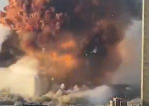 Beirut, il video della terribile esplosione che ha sconvolto la capitale
