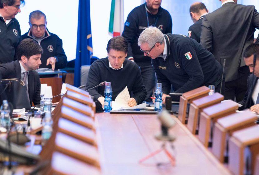 Avviso di garanzia per Conte e altri ministri per la gestione Covid-19
