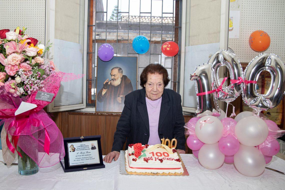 Rosa, 100 anni e non sentirli: una vita segnata dal miracolo, «Così ho ricevuto la grazia di Padre Pio»
