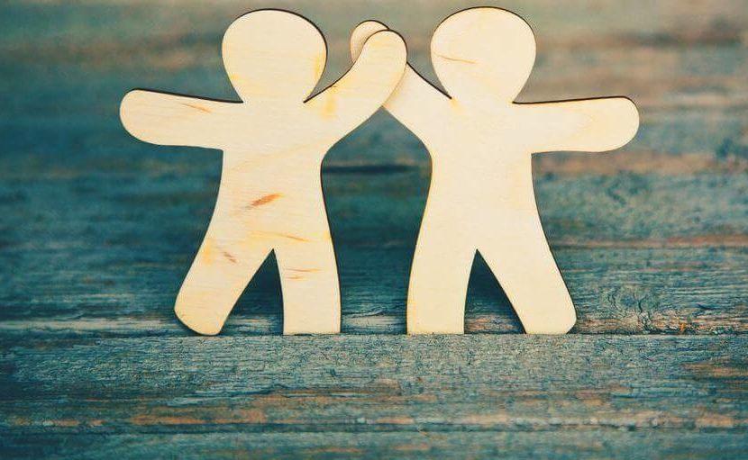 Quant'è cambiata l'amicizia con i social e la tecnologia?