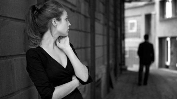 Rincontrare un/una ex: come fare a non soffrire davanti ai suoi occhi?