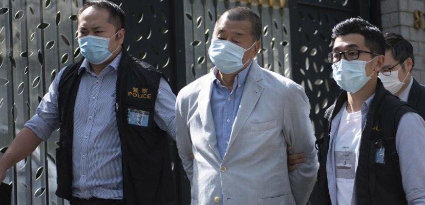 Pechino ancora contro l'opposizione cittadina: arrestato il magnate Jimmy Lai