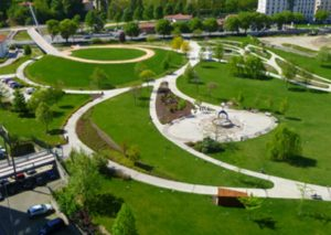 Spazi verdi città, soluzione lontana: sostenibilità urbana punto di partenza