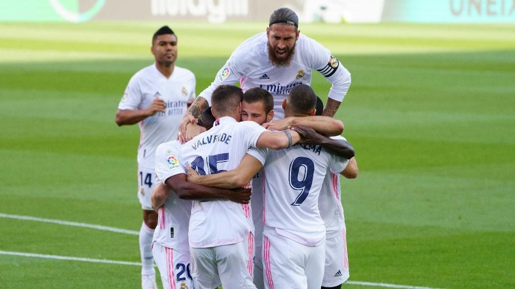 La Liga: Il Clasico è dei blancos, volano Atletico, Granada e Real Sociedad