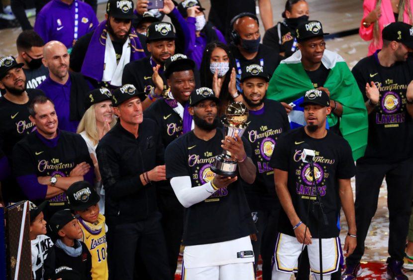 NBA: Lakers campioni nell'anno della tragedia di Kobe, LeBron MVP
