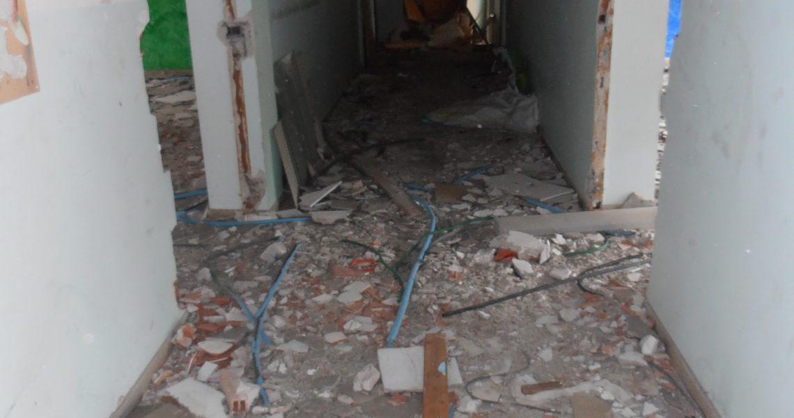 Ex scuole di Catania completamente abbandonate e distrutte