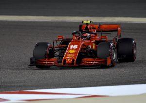 F1, Ferrari nel baratro a Sakhir, pole del solito Hamilton