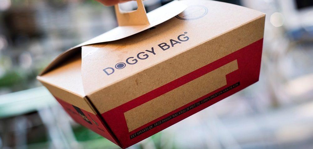 """Per non gettare il cibo non consumato, ecco la """"Doggy Bag"""" di Burger King"""