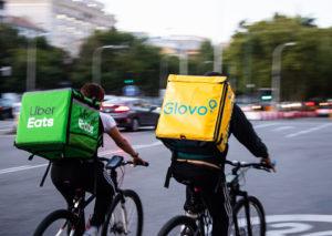 Il rider Marco Tuttolomondo non lavorerà più a cottimo: è il primo in Italia
