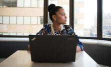 Emergenza sanitaria, crolla l'occupazione femminile: persi 470 mila posti