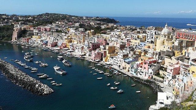 Scopriamo Procida, capitale italiana della cultura per il 2022